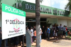 25.01.15 - Fila na 1DP para fazer carteira de identidade - Paulo Cabral (22)