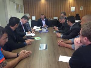 Em reunião nesta terça, 23, SSP apresentou duas propostas para a reintegração dos agentes